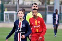 Foot – U17 NAT – 16e J : Mantes surclassé par le PSG
