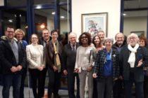 Épône : le Lions Club offre 2 cannes blanches électroniquesaux associations Valentin Haüy