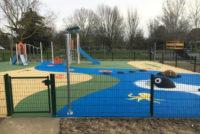 Mantes-la-Jolie : une nouvelle aire de jeux près du skatepark