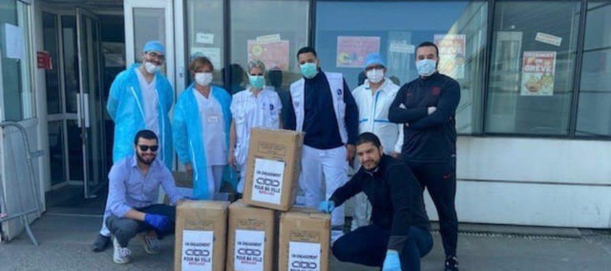 Hôpital de Mantes : 400 tenues médicales offertes par le collectif «un engagement pour ma ville»