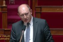 Rectificatif – Plan de déconfinement : le député LR Michel Vialay s'est abstenu lors du vote