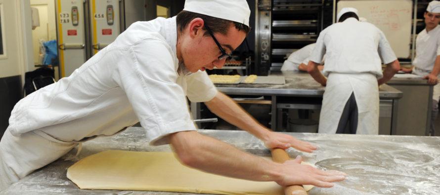 Emploi Boulanger-Pâtissier-Boucher :  Auchan Mantes recrute en Alternance