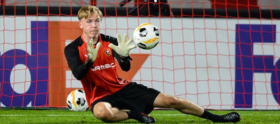 Foot – Mantes-la-Ville : Élias Damergy signe un contrat stagiaire-professionnel au Stade Rennais