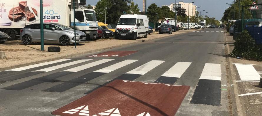Mantes-la-Jolie : des ralentisseurs installés devant l'école Les Pervenches