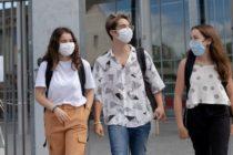 Yvelines : le port du masque de nouveau obligatoire devant les écoles, gares et marchés