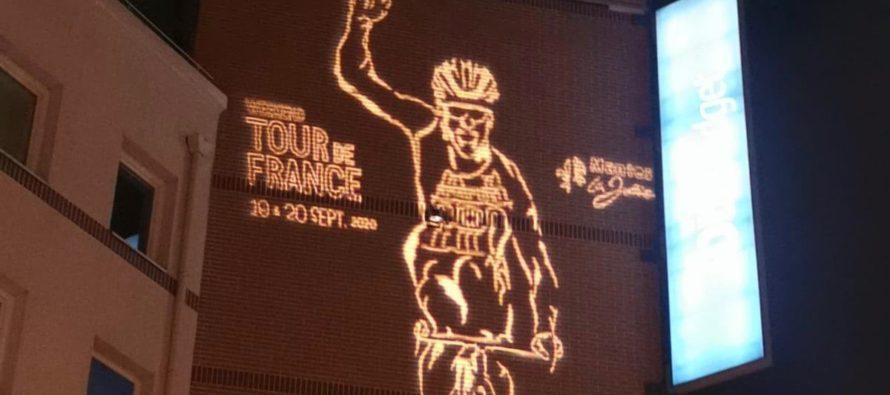 Tour de France à Mantes-la-Jolie : des projections lumineuses sur les résidences du Val Fourré
