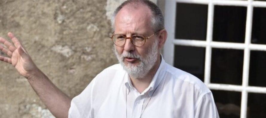 Prêtre tué en Vendée : les catholiques du Mantois condamnent cet « acte lâche »