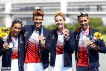 JO Tokyo – Triathlon – Poissy : médaille de bronze pour Léonie Périault, Cassandre Beaugrand et Dorian Coninx en relais mixte