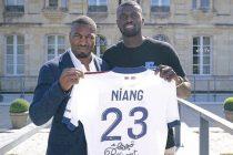 Les Mureaux : l'attaquant M'Baye Niang signe à Bordeaux