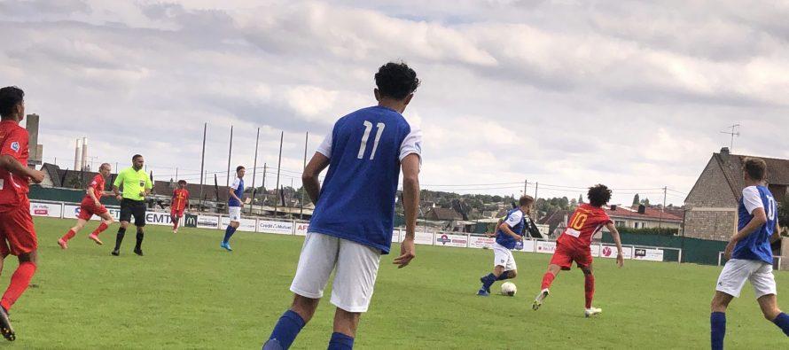 Foot – U17 NAT – 3e J : Mantes arrache la victoire contre Avranches