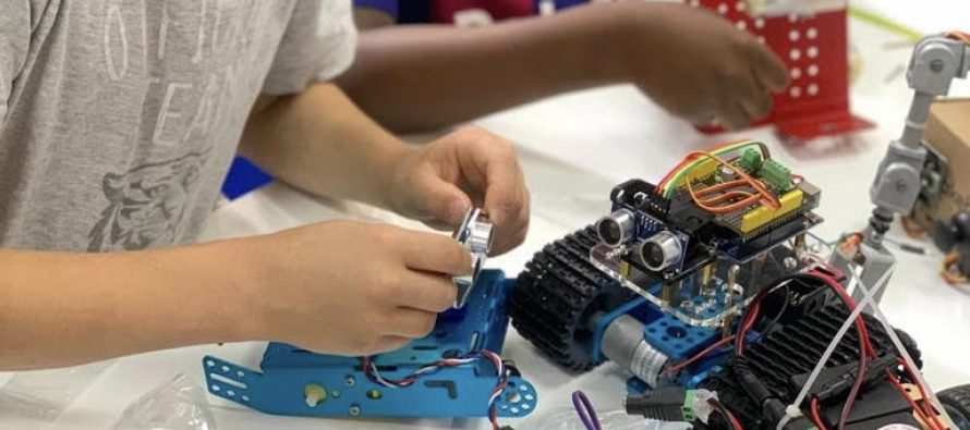 Emploi à Mantes-la-Jolie : Robotics kids Academy recrute